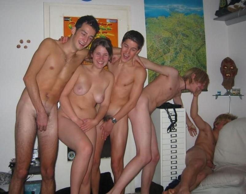 Порно вечеринки нудистов